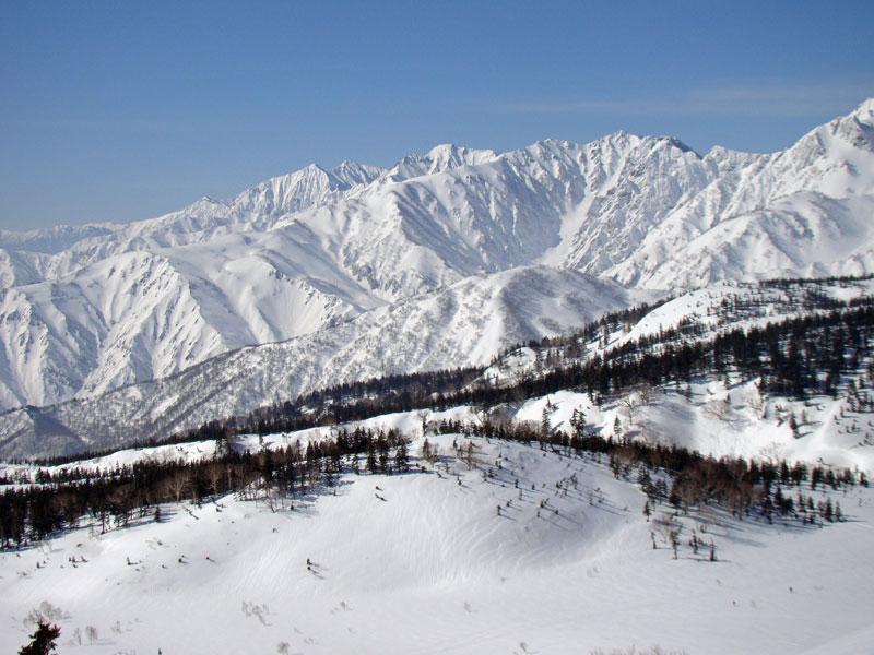 後立山の峰々