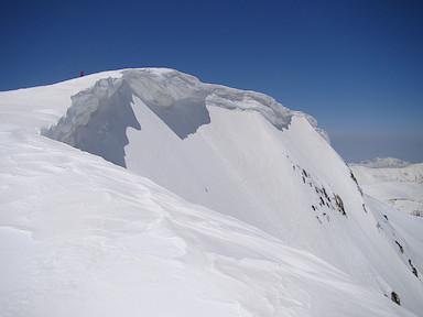 山頂の雪庇