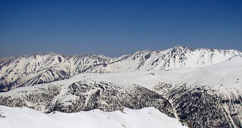 赤牛岳と水晶岳