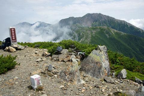 大沢岳の山頂