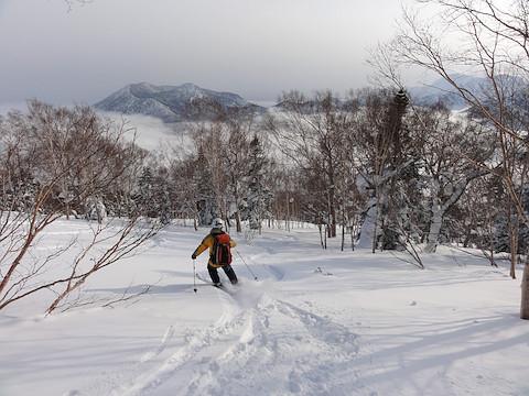 黒姫山を正面に見て滑走