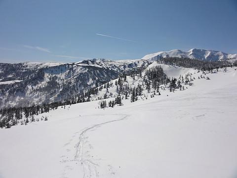 白馬乗鞍岳を振り返って眺める(地点 C)