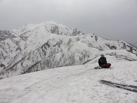 道行山から越後駒ヶ岳を振り返る
