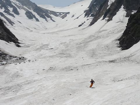 大雪渓下部も楽しい