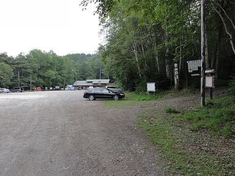 国設野営場とオンネトー登山口