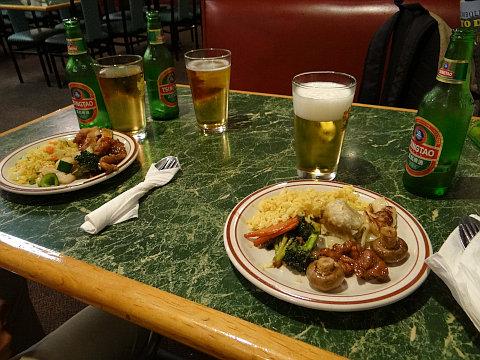 夕食は中華料理