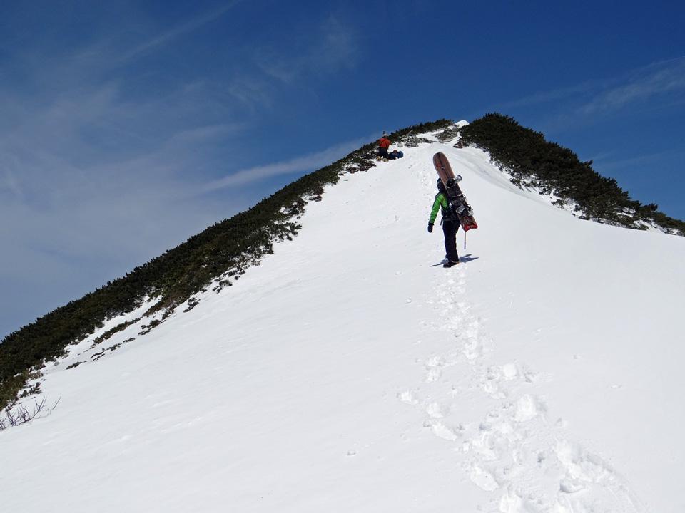 あとわずかで針ノ木岳山頂