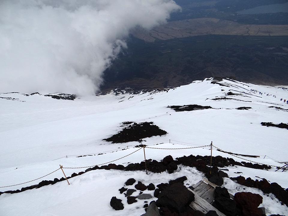 吉田大沢はかなり下部まで雪が豊富