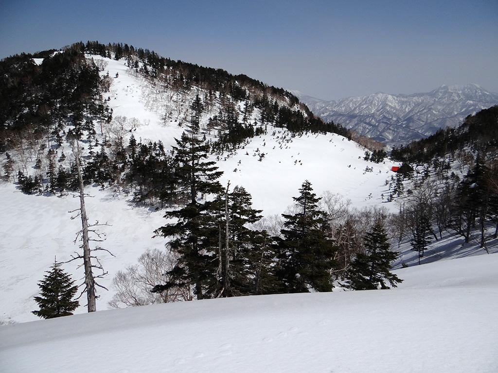 雪に埋もれた風吹山荘