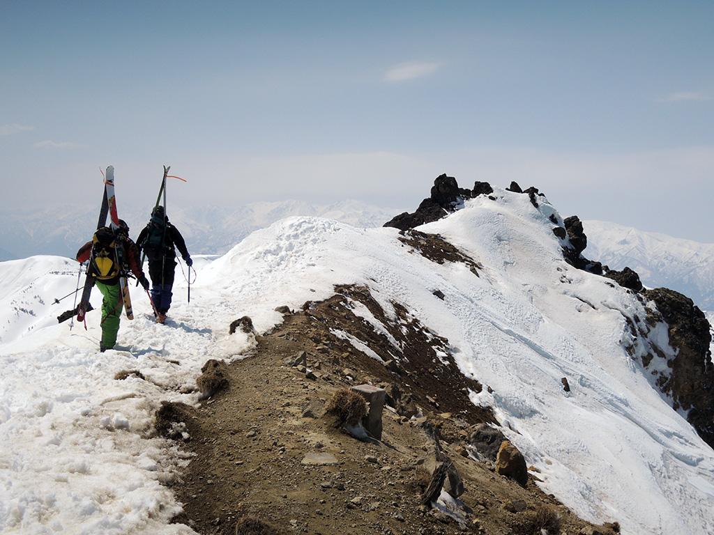 ようやく焼山登頂