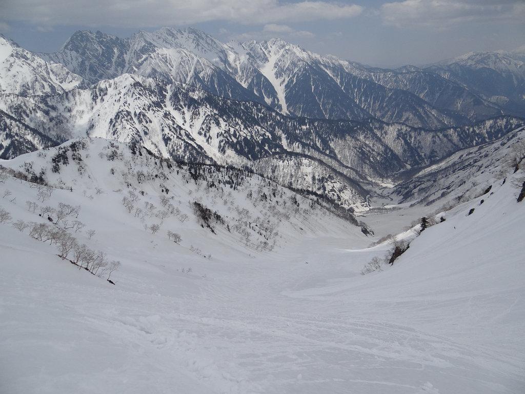 大ノマ谷を見下ろす