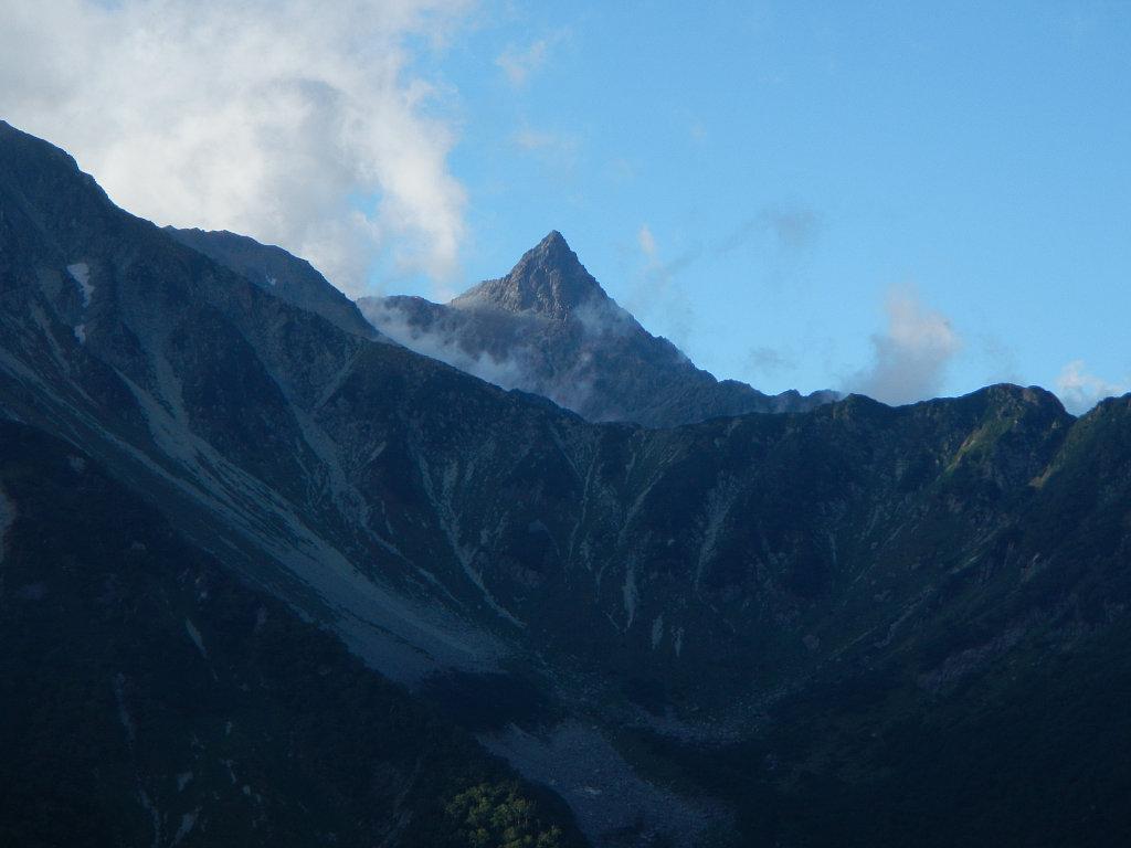 屏風の頭から眺めた槍ヶ岳